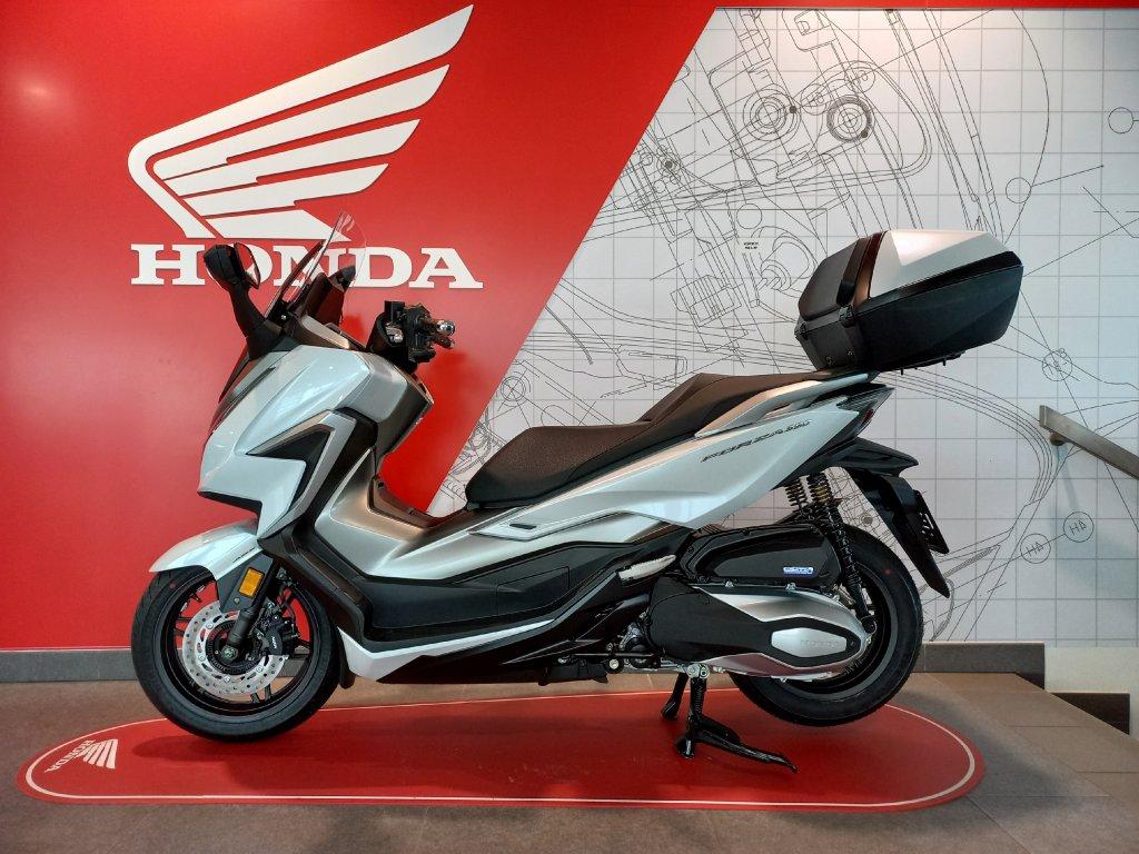 Honda FORZA 350 Horní kufr Smart 45 l